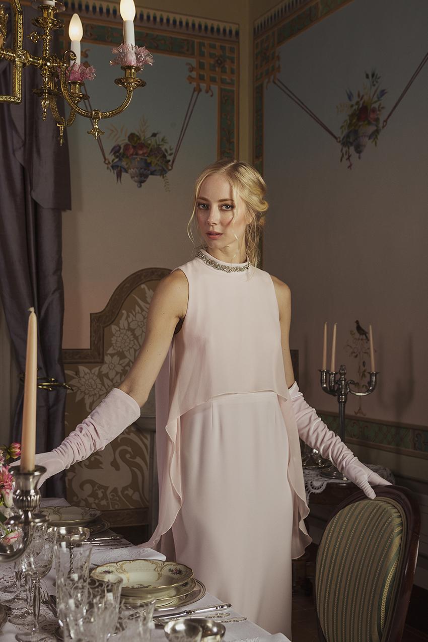 Vestido de fiesta con pedrería de la colección de Sílvia Marí